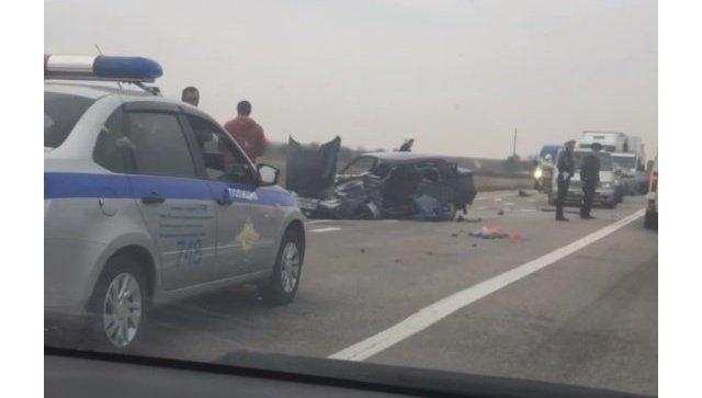 В аварии с легковушкой и фурой сильно пострадал мужчина