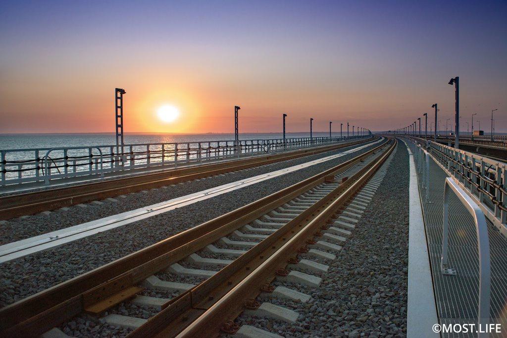 Опубликованное расписание поездов по Крымскому мосту оказалось фейком