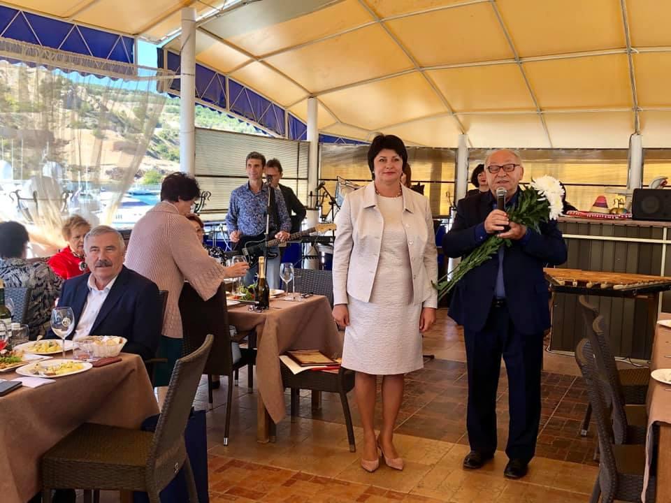 В Балаклаве пенсионеры отметили День пожилого человека в ресторане «Татьянин Мыс»
