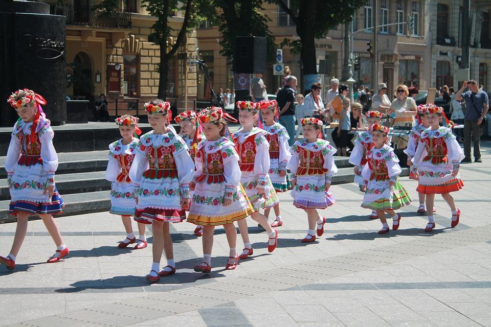 Представители украинской диаспоры из восьми стран посетят Крым