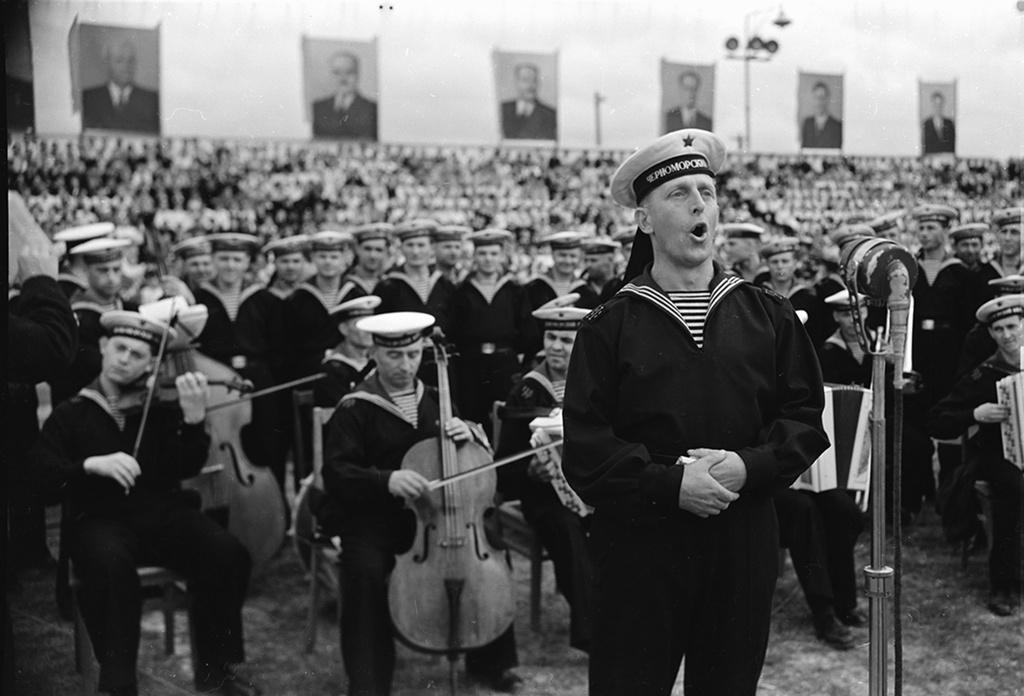 Ансамбль Черноморского флота споет «Легендарный Севастополь» в честь юбилея песни