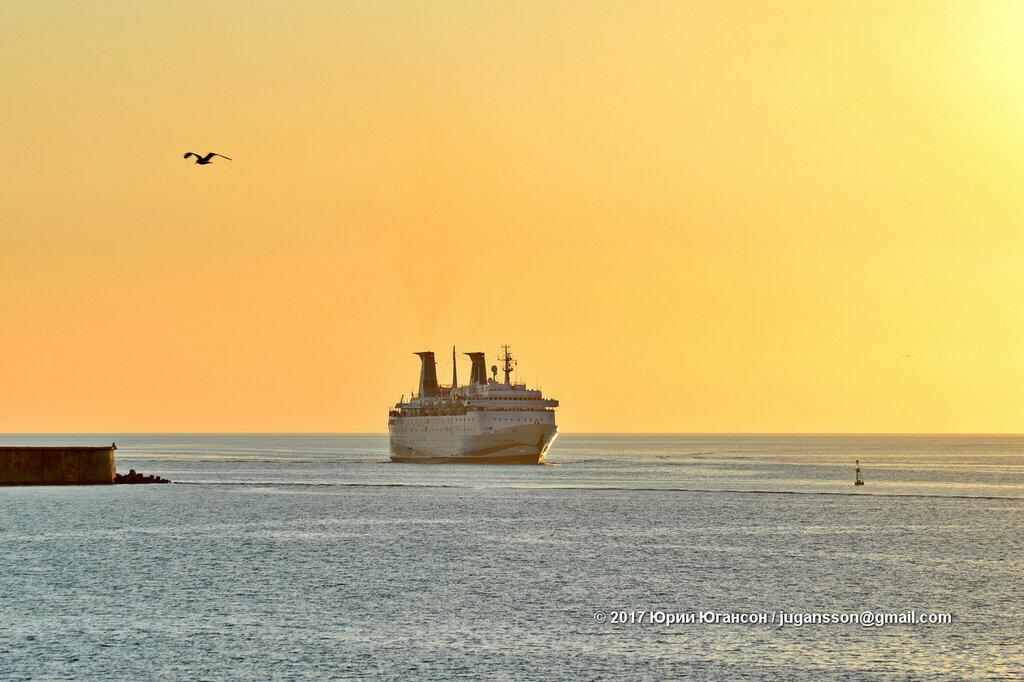 Круизный лайнер «Князь Владимир» начнет ходить в Турцию