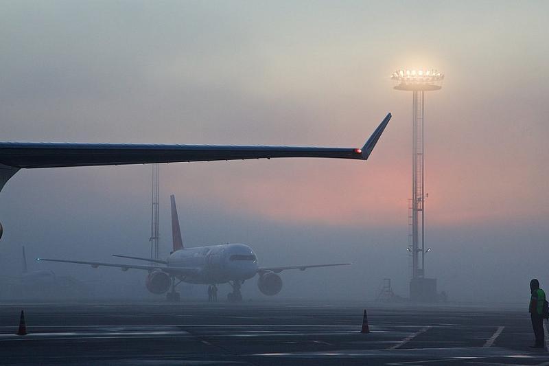 В аэропорту Симферополя из-за тумана снова задерживаются рейсы