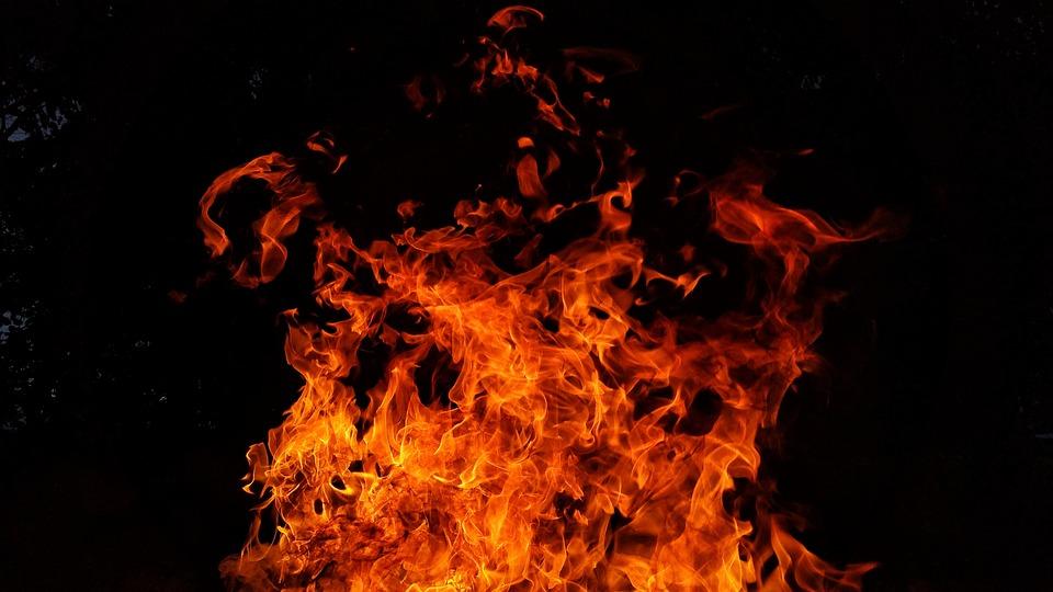 Появились подробности ДТП, где человек заживо сгорел в машине