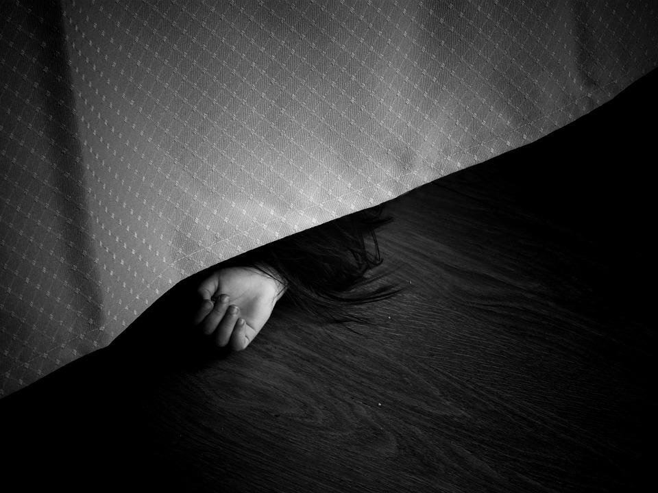 Крымский военный довел до суицида свою беременную жену