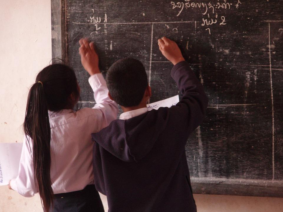 «Держали в страхе весь класс»: в крымской школе произошла драка с серьезными последствиями