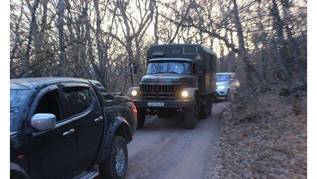 МЧС, армия, спецтехника, вертолет: в Крыму ликвидируют крупный лесной пожар