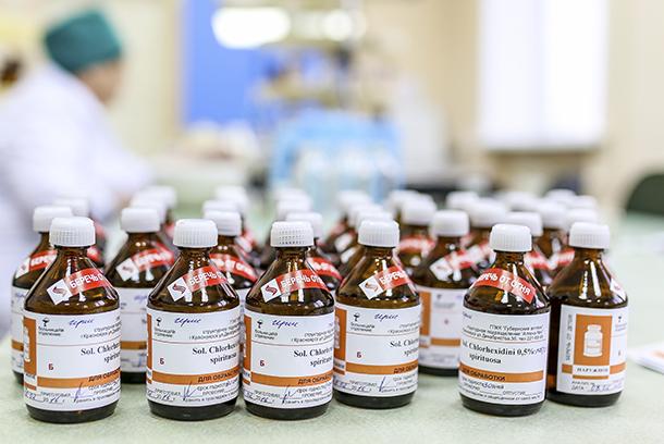 В Севастополе откроют две производственные аптеки