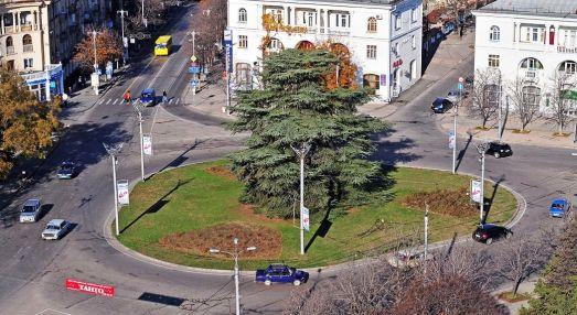Площадь Ушакова приведут в порядок к новогодним праздникам