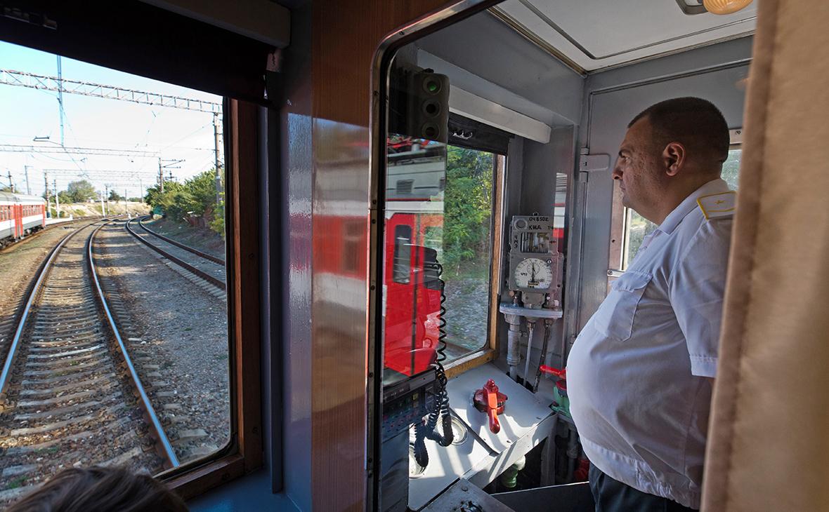 За двое суток продано более 10 тысяч билетов на поезда в Крым и обратно