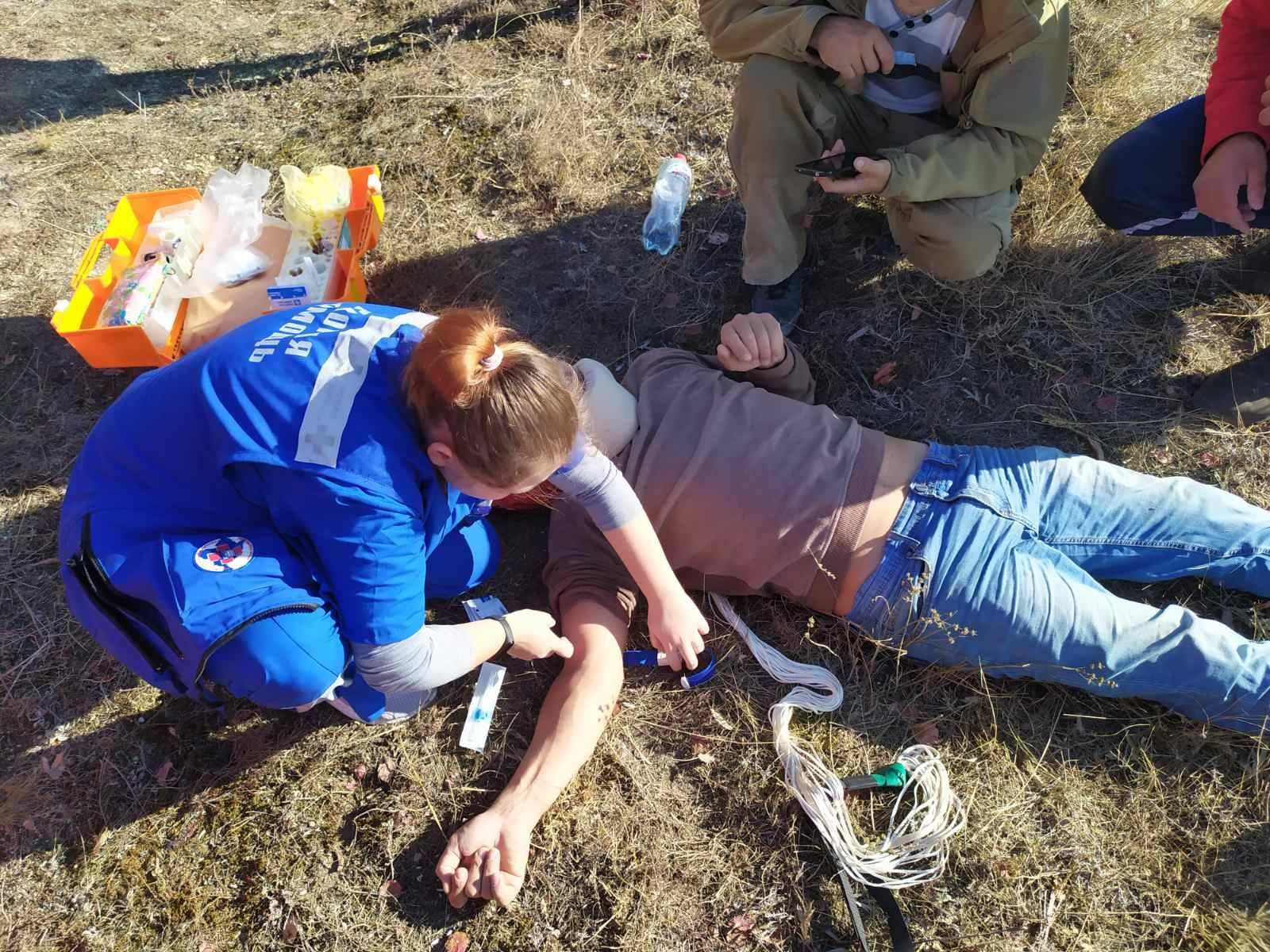 В горах Крыма упал парапланерист