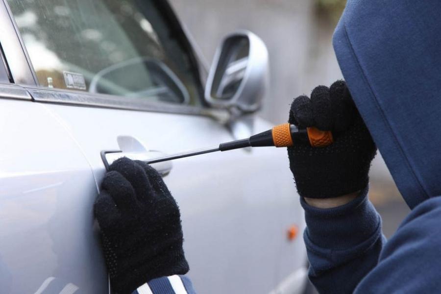 В Крыму участились кражи из автомобилей
