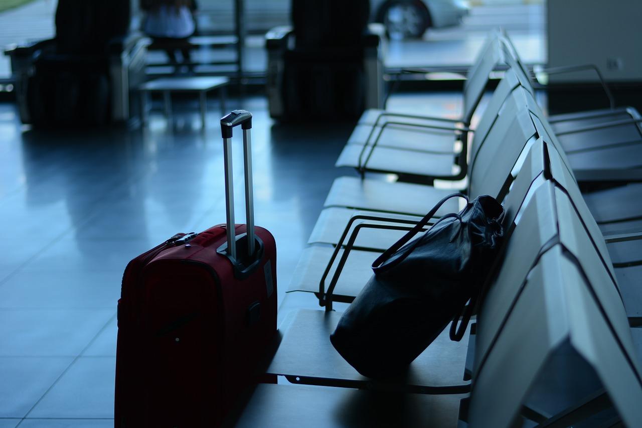 В России снимут запрет на провоз жидкости в самолете