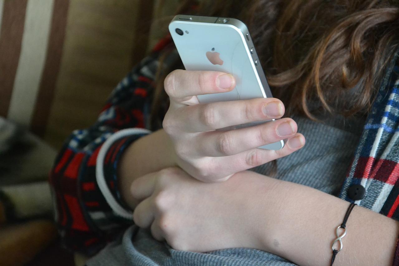 МЧС будет информировать крымчан о чрезвычайных ситуациях с помощью SMS-рассылки