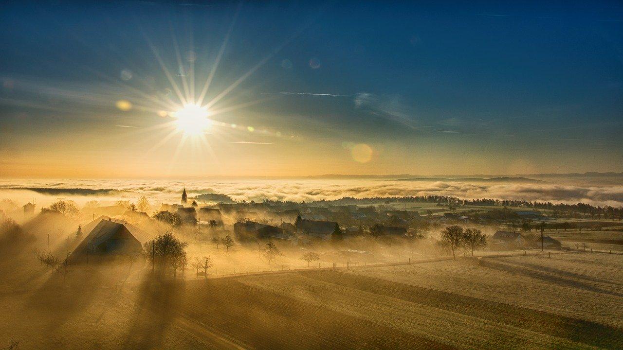 Севастополь окутал густой туман