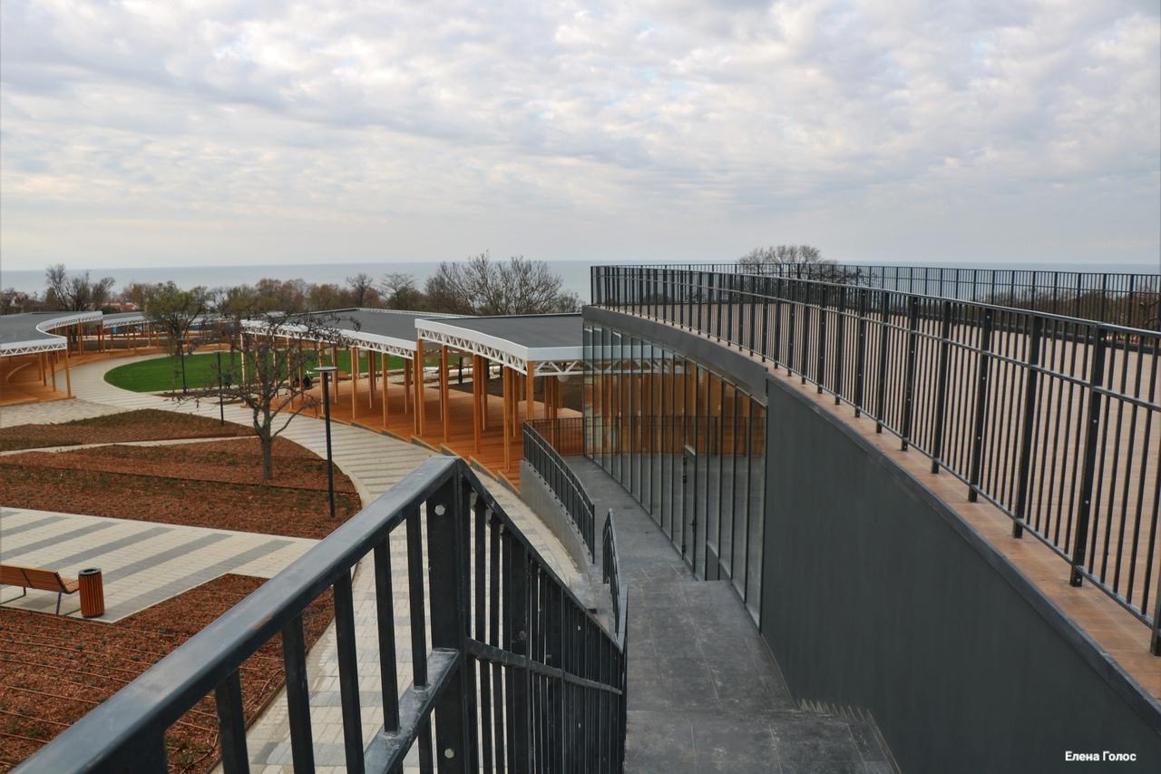 В Сети появились новые снимки реконструированного парка Учкуевка