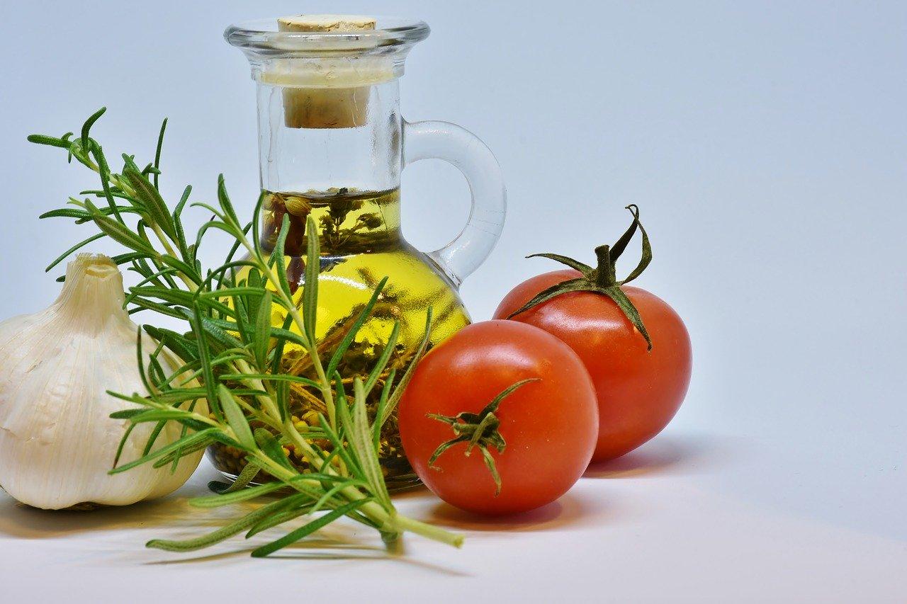 В Крым пришла первая партия оливкового масла из Сирии