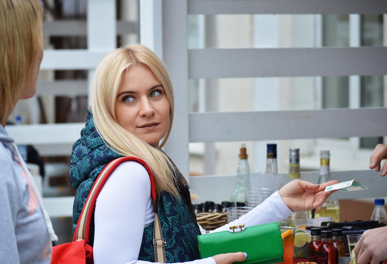 В Крымстате назвали средний размер зарплаты в Севастополе