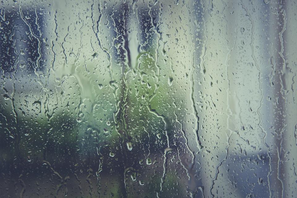 В Крыму из-за сильного дождя объявлено штормовое предупреждение