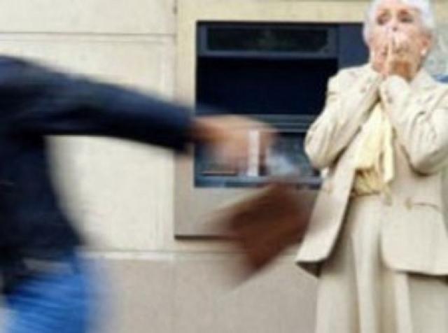 Выбирал в жертвы пожилых женщин: в Севастополе задержали серийного вора