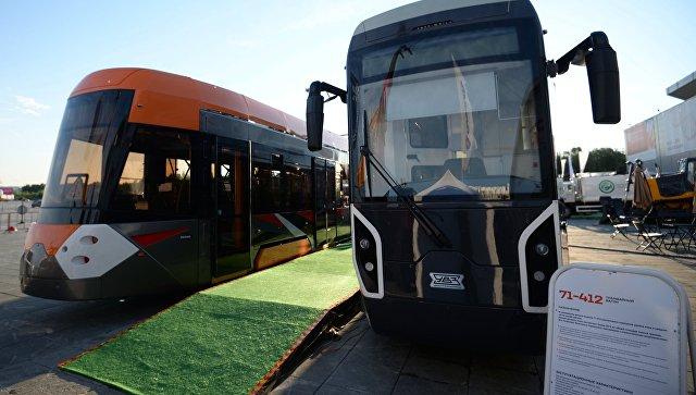 В Евпатории прошел испытания уникальный трамвай российского производства
