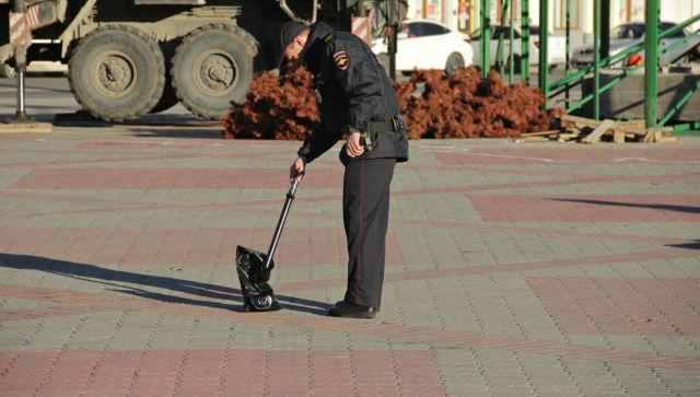 Площадь в Симферополе перекрыли из-за подозрительного пакета