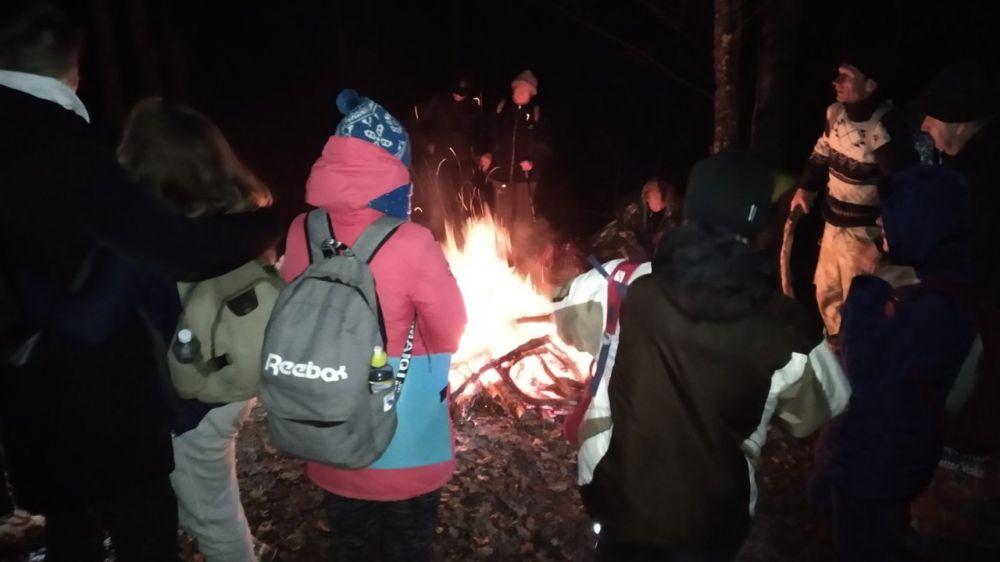 Дождь, туман, сумерки: в Крымских горах эвакуировали группу из 16 туристов