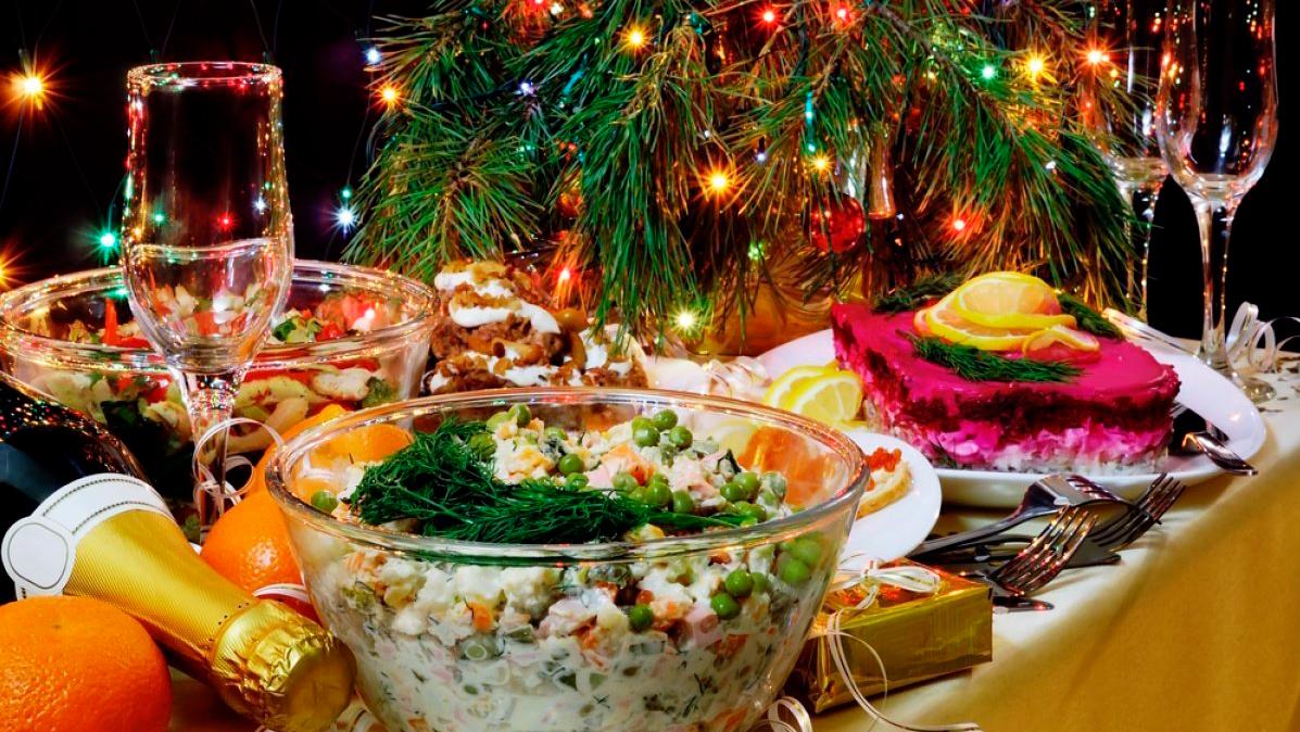 Медики рассказали о самом опасном салате на новогоднем столе