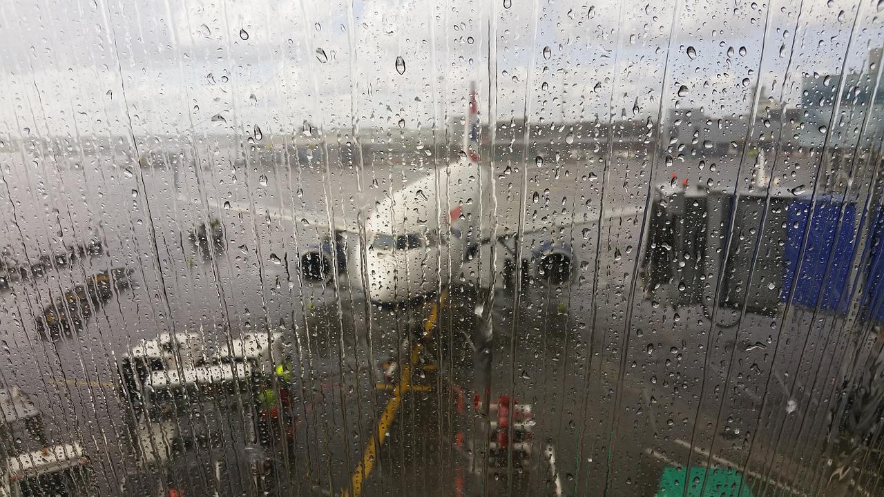 Перевозчики предупредили о подорожании авиабилетов в 2020 году