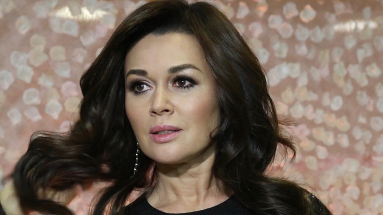 Представители Заворотнюк ответили на сообщения о параличе актрисы