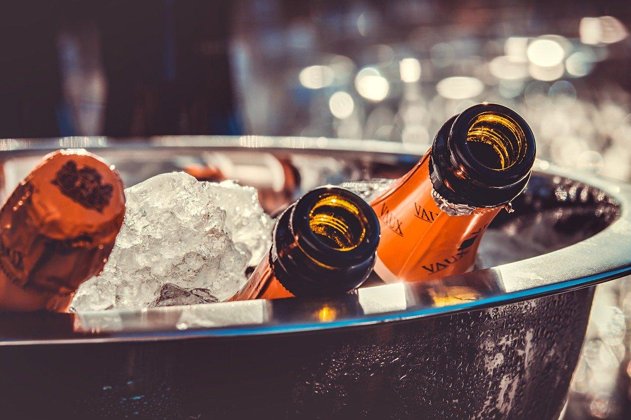 «Росконтроль» назвал лучшее российское шампанское для новогоднего стола