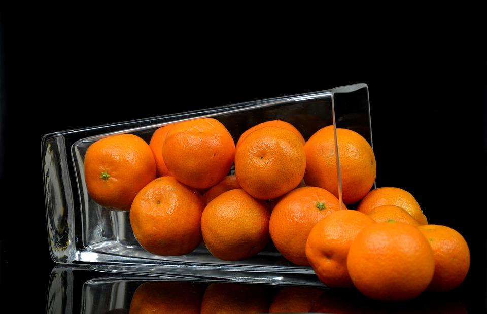Диетолог рассказала, как мандарин может испортить Новый год