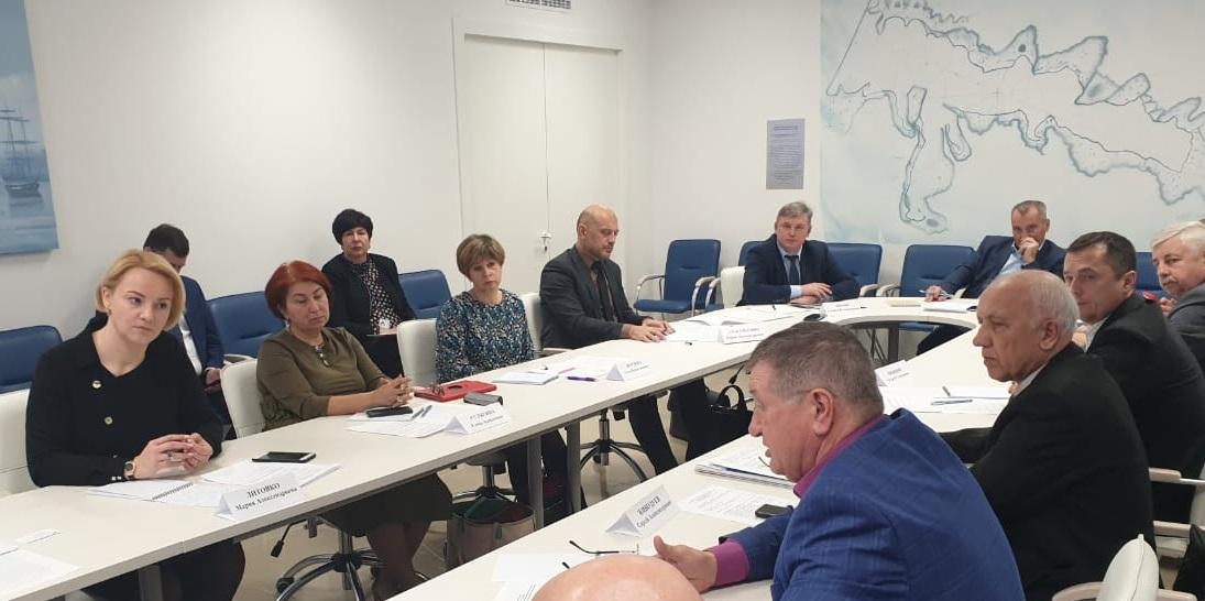 В Севастополе обсудили транспортные проблемы