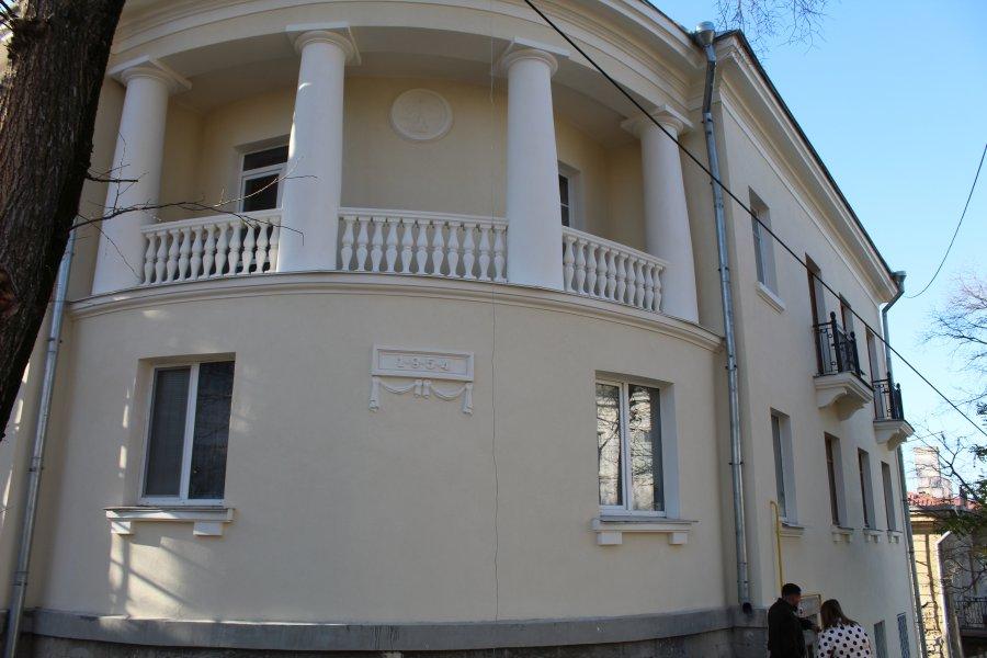 Рабочие наткнулись на «привет из прошлого» при ремонте дома в Севастополе