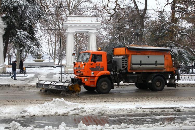 Коммунальные службы Севастополя переведены на усиленный режим работы