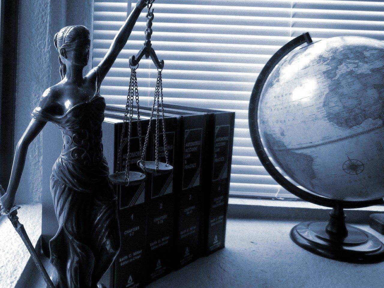 Жительница Симферополя сообщила о минировании жилого дома и получила уголовное дело