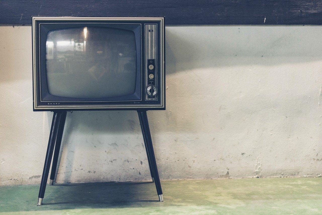 Украина планирует запустить свой телеканал в Крыму