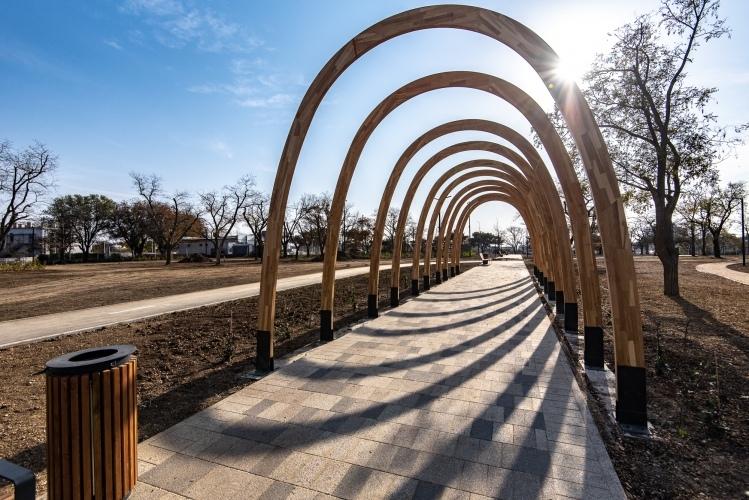 В парке «Учкуевка» обустроили парковку