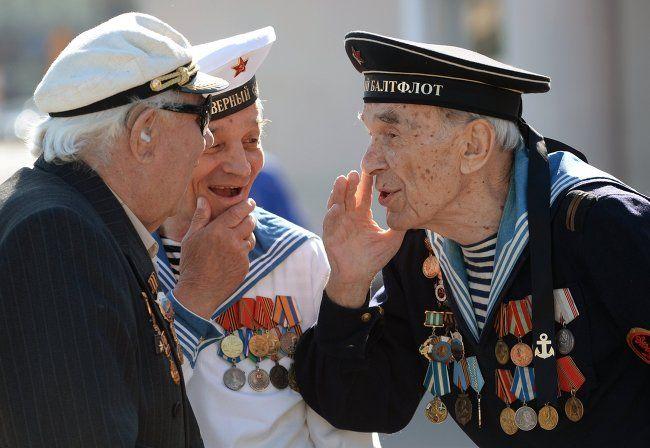 Ветеранам к 75-летию Победы выплатят по 75 тысяч рублей — Путин