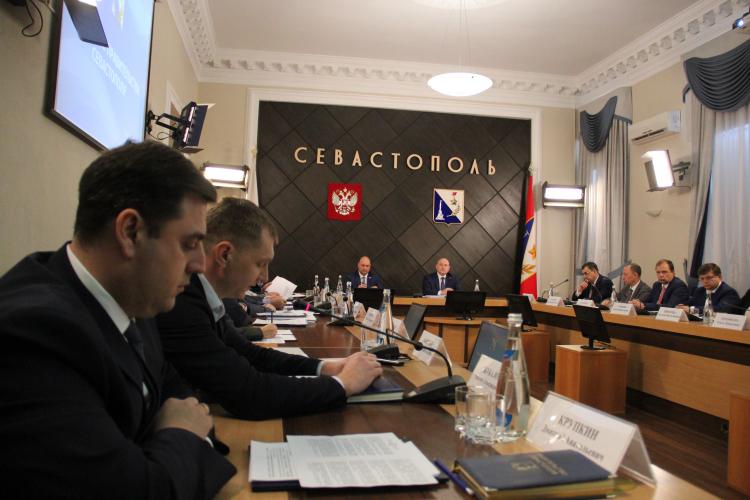 В Севастополе отменили документацию на строительство многоэтажки вместо парковки