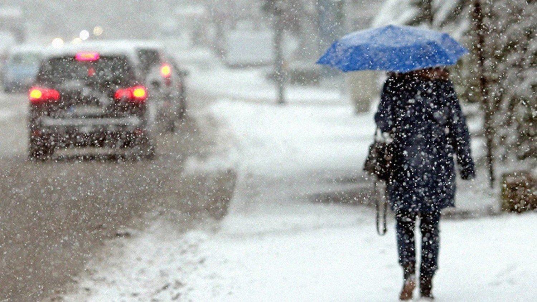 Гололед и снегопад: на Крым обрушится непогода