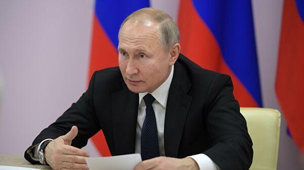 Путин предложил обеспечить бесплатными обедами школьников младших классов