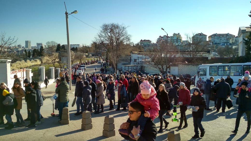 Как в Севастополе отмечают Крещение