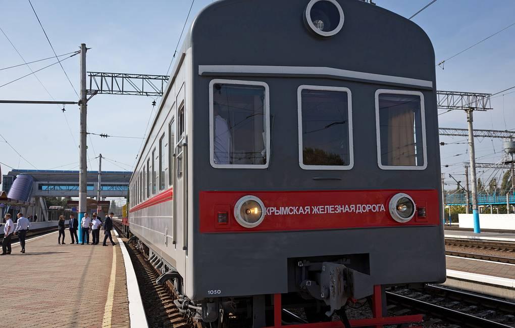 Власти назвали сроки запуска поезда Севастополь-Москва