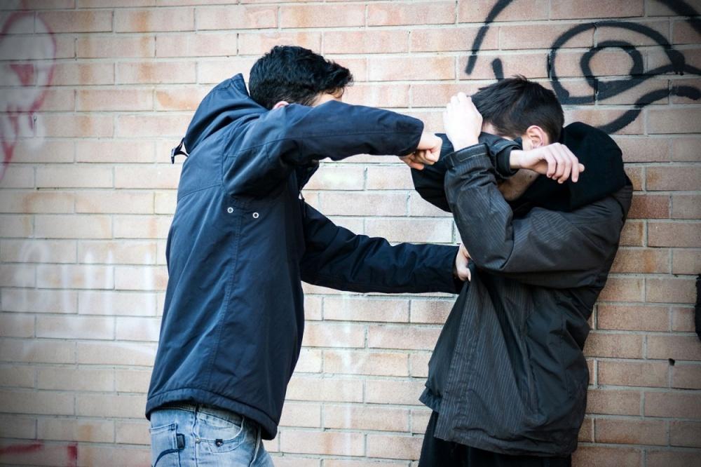 В симферопольском магазине произошла жесткая драка из-за девушки