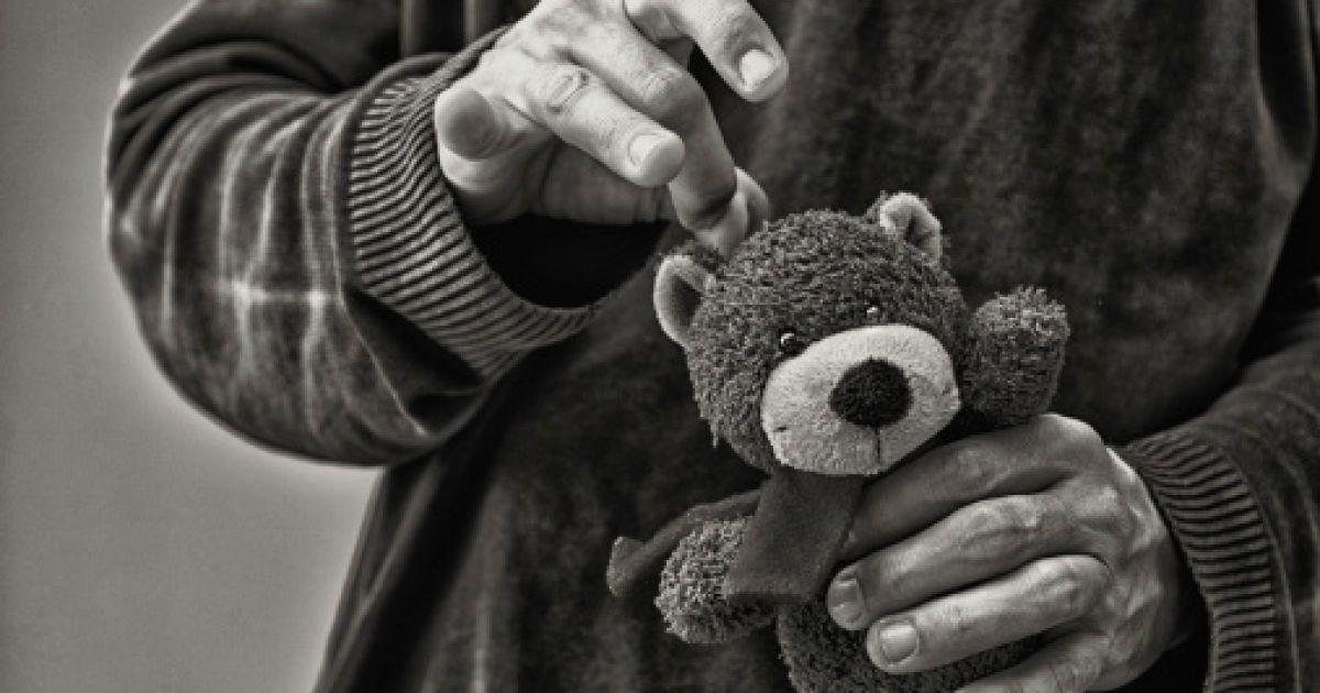 Мужчина изнасиловал четырехлетнюю дочь и покончил с собой