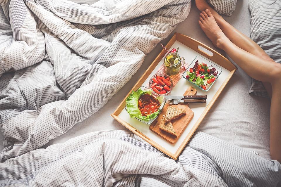 Диетологи рассказали, что ни в коем случае нельзя есть на завтрак