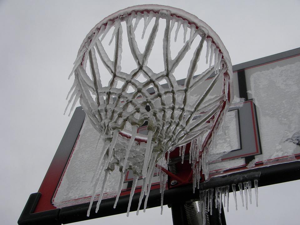 Дождь, мокрый снег, шквал: в Крыму объявлено штормовое предупреждение
