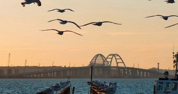 Киев готовит морскую блокаду Крыма из-за недееспособности своего флота