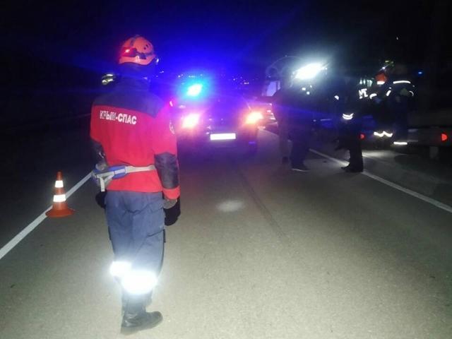 Смертельное ДТП на трассе Ялта-Севастополь: пешеход от удара отлетел за ограждение проезжей части